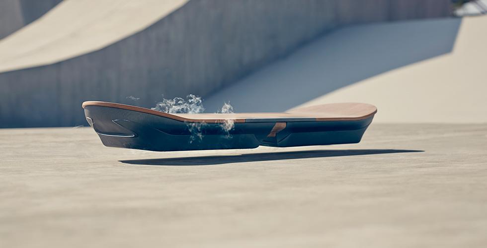 Lexus joue avec nos rêves d'hoverboard