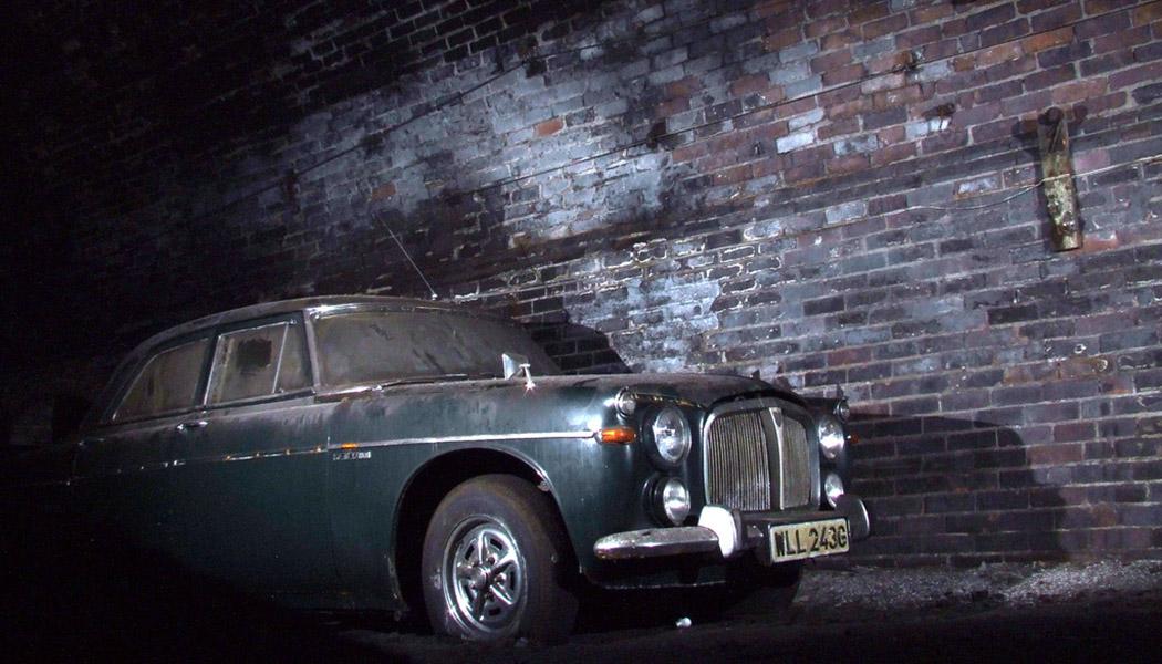 Liverpool : tunnel, urbex et trésor automobile