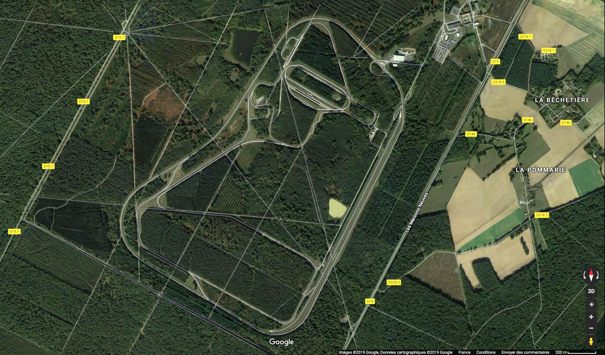 Pourquoi Citroën a-t-elle décidé d'implanter son centre d'essais à la Ferté Vidame ?