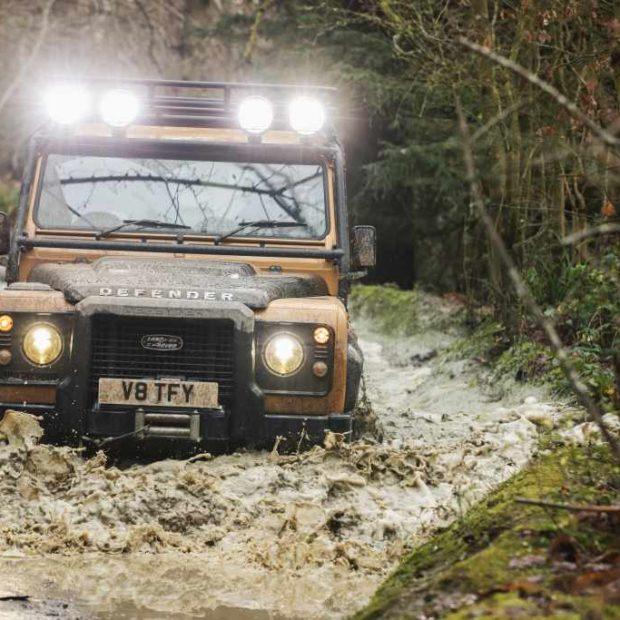 Continuation aussi pour le Land Rover Defender Works V8 Trophy